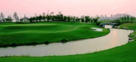 金鶏湖ゴルフ1泊2日 2プレー/1プレー 金鶏湖ホテル利用