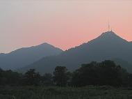 西湖十景双峰插雲